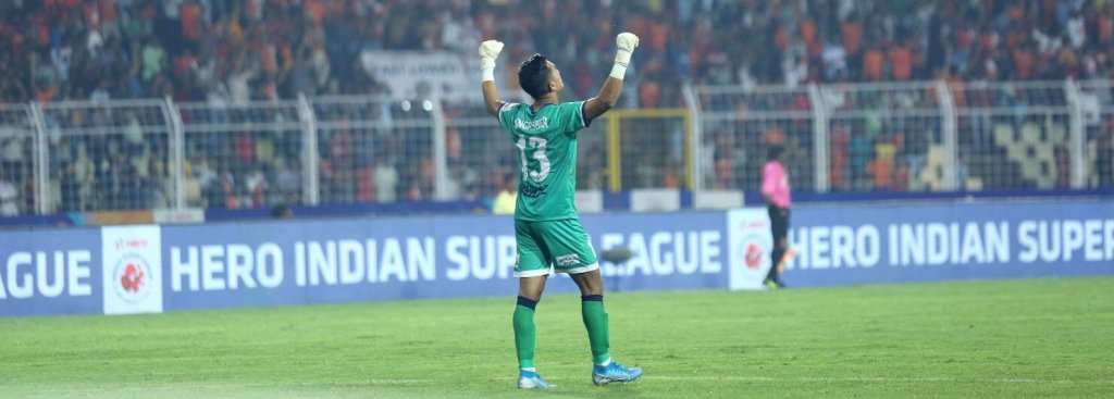 Nawaz celebrates after FC Goa equalizes against Bengaluru FC